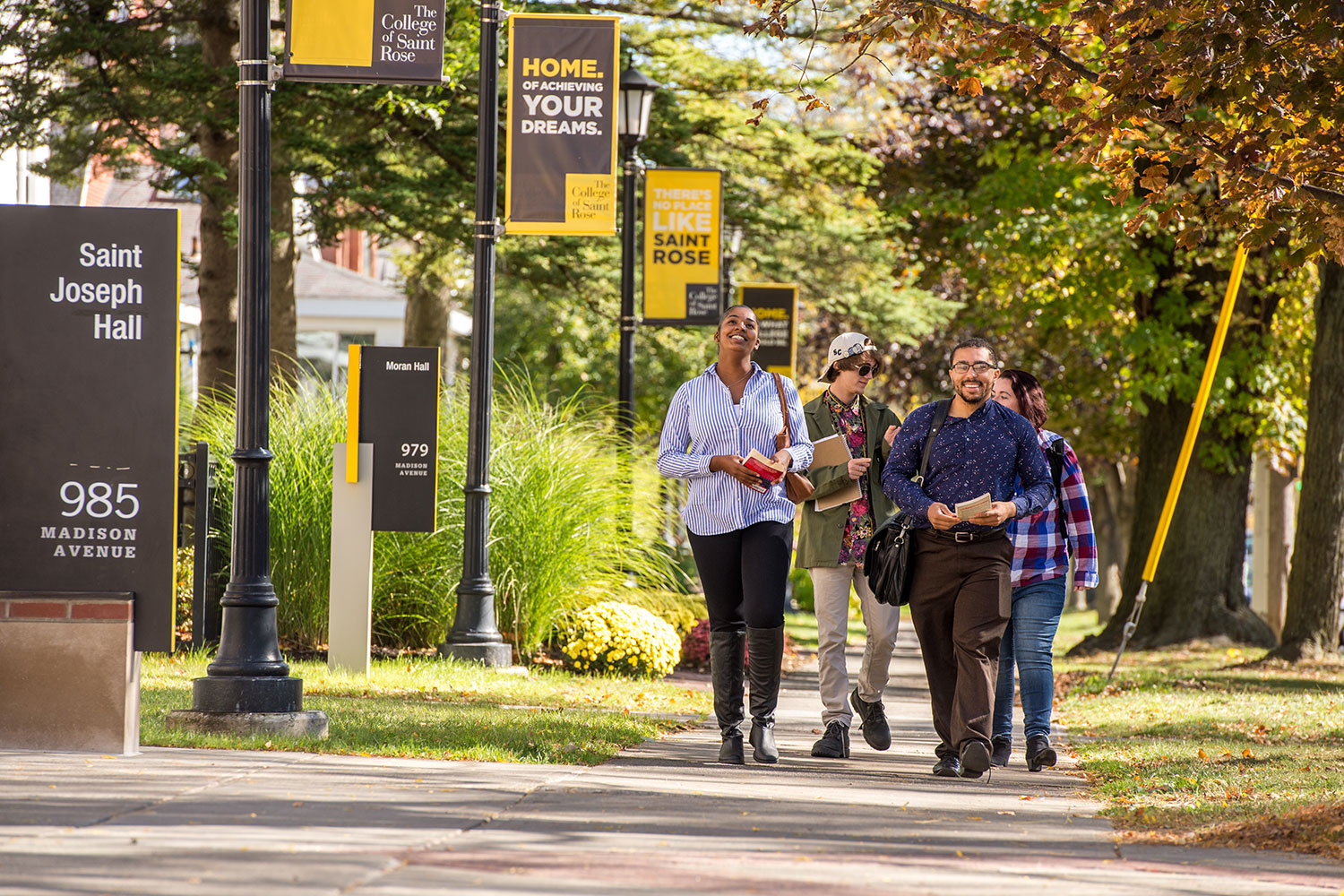 pic of students walking on campus
